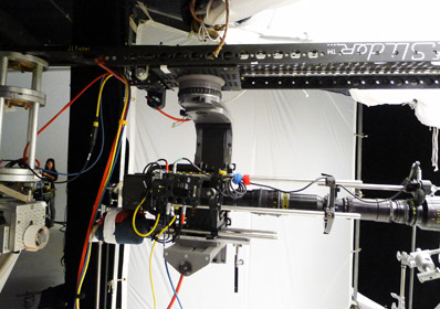 An underslung Lambda head on a 6-Foot Slider makes it easy to get into tight spots.